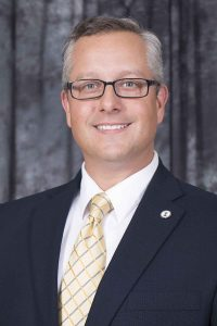 Dr. Chris Thomas