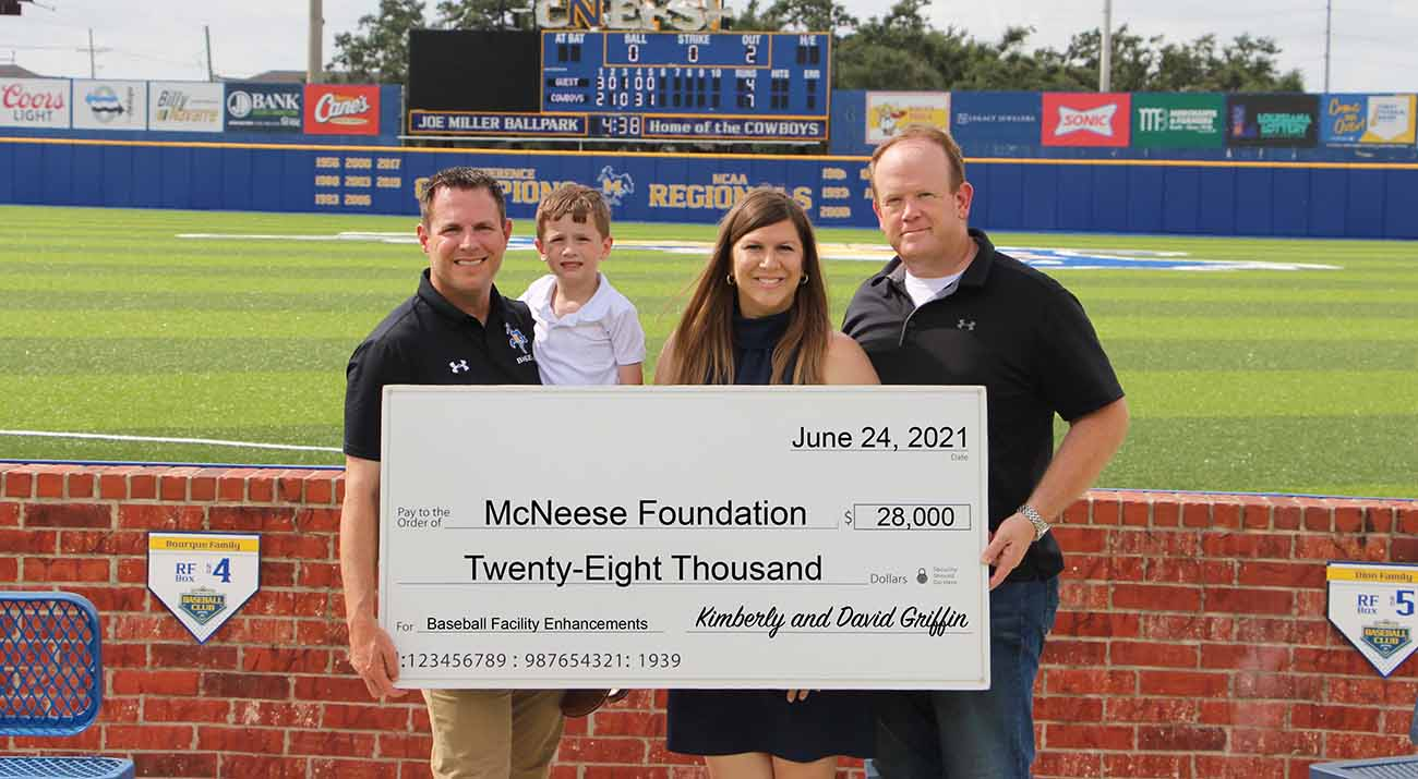 On hand for the presentation are, from left, Justin Hill, McNeese baseball coach, and Jordan, Kimberly and David Griffin. McNeese Photo